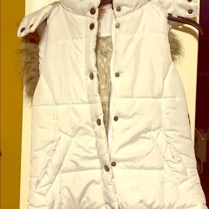 Girls puffy vest with fur hood